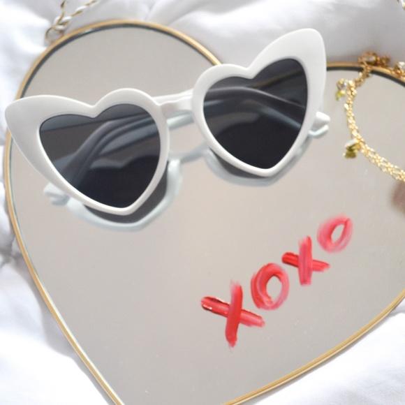 0fedb8c394 White heart cateye sunglasses